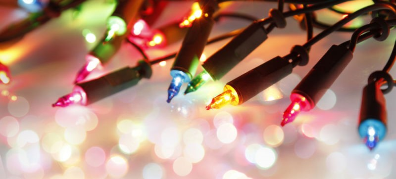 safety tips for buying and managing christmas lights